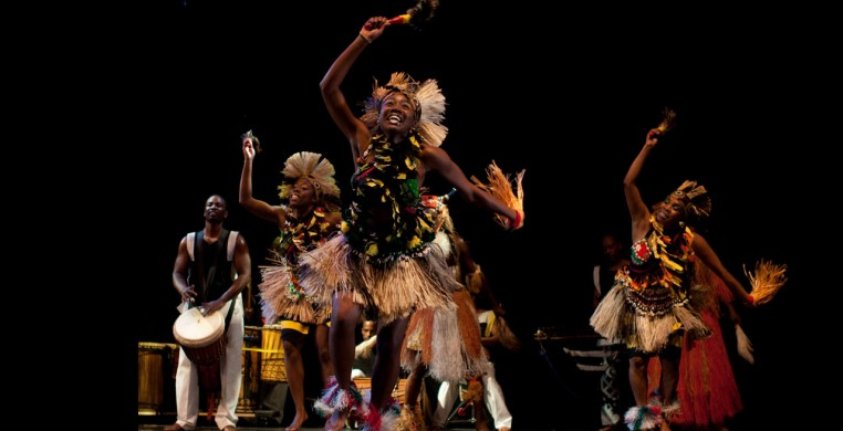 Muntu Dance Theatre performing on stage